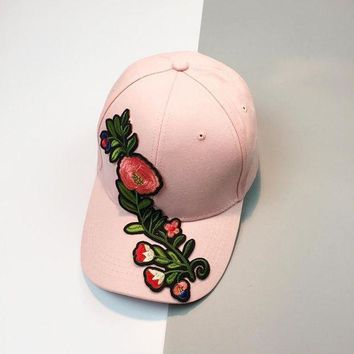 CREYCI7 2017 Baseball Cap Women Men Couple lovely  Applique Floral Baseball Cap Unisex Snapback flat Hat super quality Gorras Mujer#5