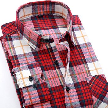 Winter Men Casual Cotton Plaid Shirt Long Sleeve Slim Fit Popular Design Warm Flannel Men Shirts