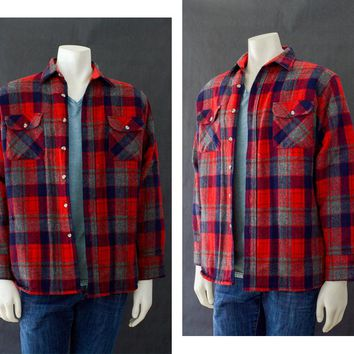 Vintage Men's Flannel Shirt, Size M Plaid Shirt, Long Sleeve Wool Shirt, 90s Grunge Flannel Shirt, Red Outerwear Lined Plaid Shirt