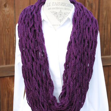 Woman Arm Knit Scarf, Purple Scarf, Purple Neck-warmer, Infinity Scarf, Purple Chunky Cowl, Purple Knit Scarf