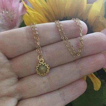 Dainty Sunflower Necklace
