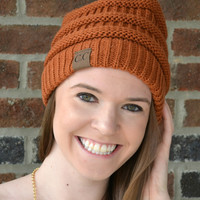Cable Knit Beanie - Rust