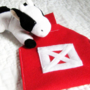 Barnyard Bag Felt Toy Storage for Little Boy by NewEnglandQuilter