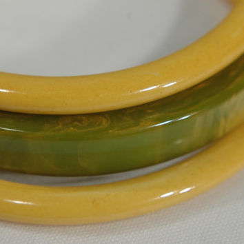 Bakelite Bangle Bracelet 2 Sunny Yellow 1 Marbled Spring Grass Green Vintage Bakelite Jewelry