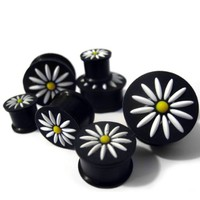 1 Pair of 0 Gauge (0G - 8mm) Black Silicone Flower Plugs / Ear Gauges
