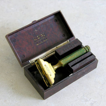 Vintage Gem Safety Razor Brass Brown Plastic Case Box Vanity Bathroom Etsy Dudes Shaving Collectible