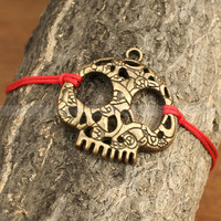 Adjustable vintage style skull bracelet, antique bronze skull bracelet for gifts