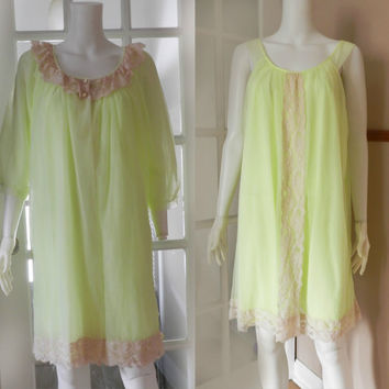 Pale Neon Green/Yellow Double Chiffon and Lace Peignoir Set - Two Piece Nightgown Robe Set / 1960's Negligee, Size L Large