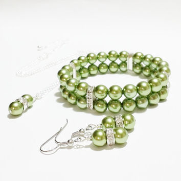 Bridesmaids Necklace Bracelet and Earring Set / Green Bridal Jewellery / Bridesmaid Necklace Set / Pearl Bracelet / Pearl Earring Set