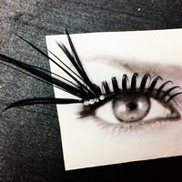 Black Spikes and Shine Feather False Eyelashes