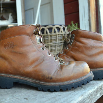Vintage 70's REI CO-OP Mountaineer Hiking Boots, Womens 7.5