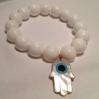 Mother of Pearl with Mother of Pearl Hamsa Pendant   orianalamarca