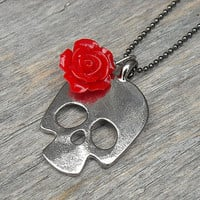 Skull Necklace, Red Rose, Rose Necklace, Day of the Dead, Dia de los Muertos, Punk Rock, Rock n Roll, Rocker, Heavy Metal, Sugar Skull,