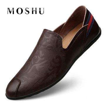 Autumn Men Casual Shoes Slip On Outdoor Quality Split Leather Men Loafers Comfy Breathable Soft Male Fashion Driving Shoes