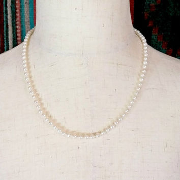 Vintage Pearl Necklace White Pearl Necklace 14k Yellow Gold Clasp Single Strand 5 mm Genuine Cultured Pearls Hand Knotted White Strand Nice!