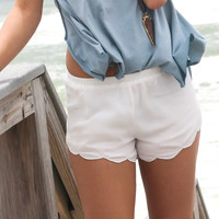 Gale Scallop Trim Shorts