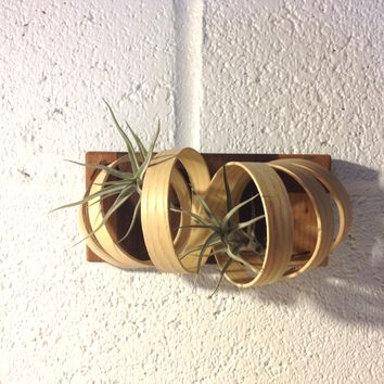 Hanging wall coil