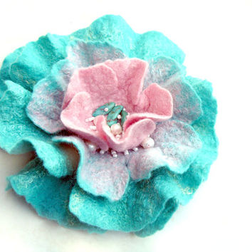 SALE. Felted rose. Mint blue and pink flower corsage. Wool rose. Felted flower brooch. Large felted flower. Wet felted  wool handmade rose.