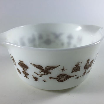Vintage Pyrex Early American Cinderella Casserole Milk Glass White Bowl Brown Rooster Eagle 474-B 1 1/2 Quart