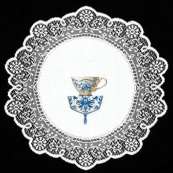 Heritage Lace Sandy Clough Blue Bouquet 12-inch White Teacup Doily