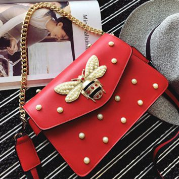 Small honeybee pearl chain small square bag with simple shoulder bag red