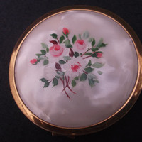 Mascot pearlised and gold tone powder compact with hand-painted floral design
