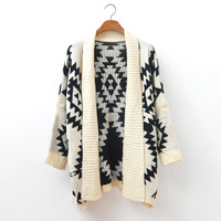 A 080104 bb Loose sweater wild geometric patterns