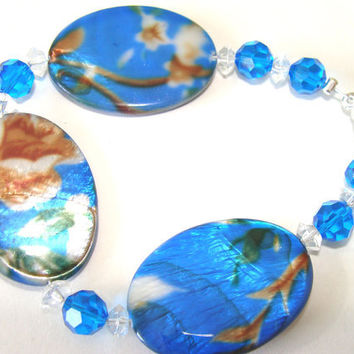 Beaded Bracelet Mother Of Pearl Painted Royal Blue With Flowers Glass Crystal Beads