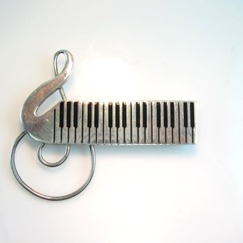 Music Jewelry. Sterling Silver Music Brooch. Black Enamel Pin. Piano Keyboard. Treble Clef. G Clef. 1970s Vintage Mexican Silver Jewelry.