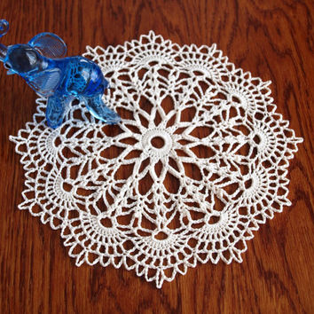 Ivory doily 8 inches Crochet doilies for sale mother in law gift Lot of doilies Little doilies Lace doilies Tabletop decor Table decoration