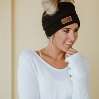 Messy Bun Knitted Beanie - Black