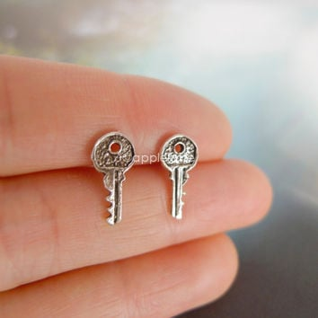 tiny key earrings in sterling silver 925, skeleton key, antique key