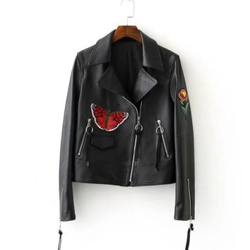 MOODY FAUX LEATHER JACKET