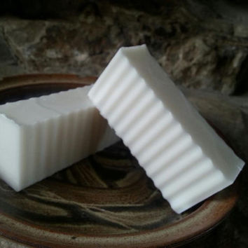 Gentle Buttermilk Soap in 2 essential oil varieties