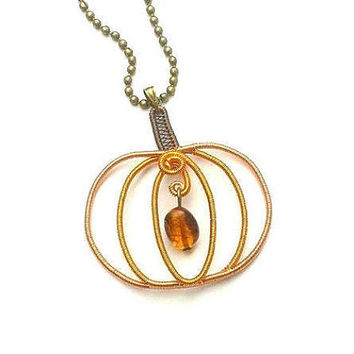 Halloween Pumpkin Necklace, Wire Wrapped Autumn Pumpkin Pendant, Halloween Handmade Jewelry, Copper and Amber Wire Weaved Fruit Necklace