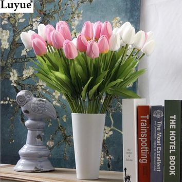 Luyue 31pcsTulip Artificial Flower PU artificial bouquet Real touch flowers For Home Wedding decorative flowers & wreaths