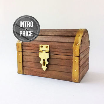 Personalized Legend of Zelda Treasure Chest - Treasure Chest - Keepsake Box - Ring Bearer - USB box - Rustic Wooden Box - Gift Box