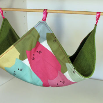 Hanging Chinchilla Hammock, Adorable Rat Cozy, Ferret Lounger, Flat Guinea Pig Cosy - Pink Cats with Green Fleece