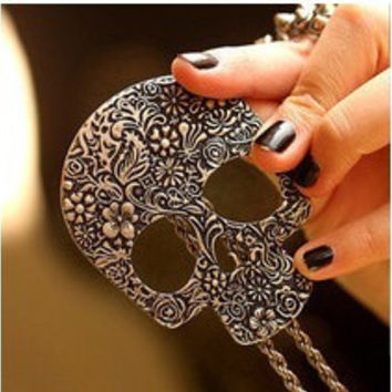 $10 Free shipping 2016 New fashion accessories punned skull necklace vintage gothic necklace  Jewelry  N002 32g