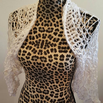 Knit White Shrug. Bolero. Made by Bead Gs on ETSY. ladies Size Medium. Summer top. Tank top Cover.
