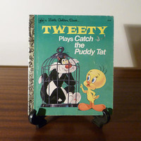 """Vintage 1975 Book """"Tweety Plays Catch the Puddy Tat"""" - A little Golden Book / Kids Book / Great Condition / Looney Toons / Sylvester the Cat"""