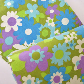 Vintage Bedding FULL Size Flat Sheet Groovy Flowers Green Purple Blue  Flower Power Bed Sheet MOD