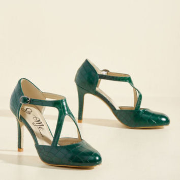 Rock the Dance Floor Heel in Forest | Mod Retro Vintage Heels | ModCloth.com