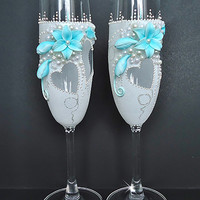 Blue and White Wedding champagne glasses, Toasting flutes, Favor gift, Wedding decoration, Anniversary present