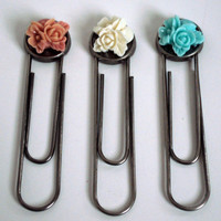 Large Flower Paperclip Bookmark in Your Choice Pink, Ivory, or Turquoise Floral Motif