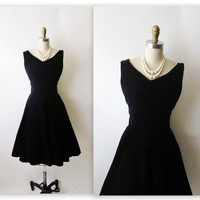 50's Cocktail Dress // Vintage 1950's Black Velvet Cocktail Party Holiday Dress M L