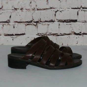 90s Brown flat  Sandals us 7.5 Vegan Leather Grunge Hipster Boho Festival hippie Gypsy Minimalist Cyber Shoes Boot Cage slip on chunky heels