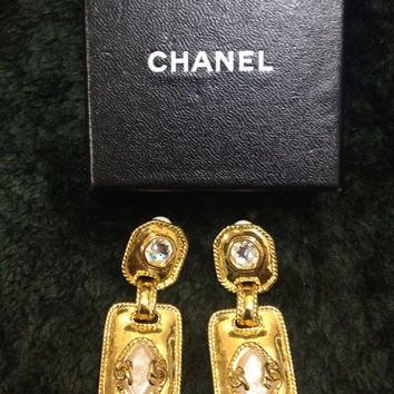 Vintage CHANEL square and rhombus shape dangling earrings with faux pearls, golden CC marks, and crystals. Perfect vintage Chanel gift