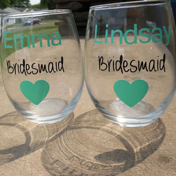Bridesmaid gift, Bridesmaid Wine Glasses, Bridesmaid Wine Glass