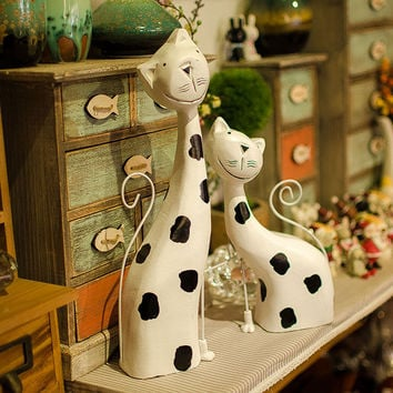 Nordic style two-piece wooden manual sculpture cat craft set furnishing articles home decoration figurines gifts props